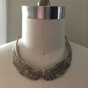 3/$30 H&M Wings Necklace Gold